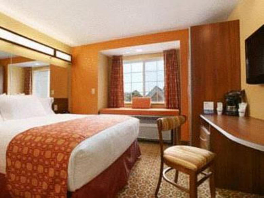 Kamar tidur Microtel Inn & Suites by Wyndham South Bend/At Notre Dame