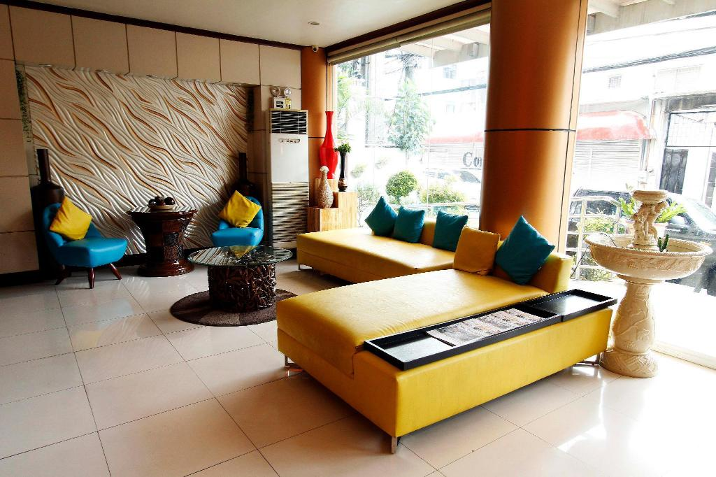 Lobby Fuente Oro Business Suites
