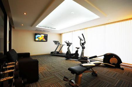Fitness center Baan K Managed by Bliston Hotel