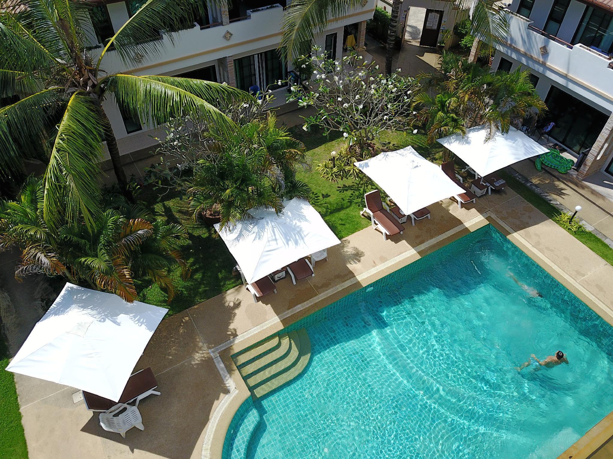 nearest hotel pool aga - HD2048×1536