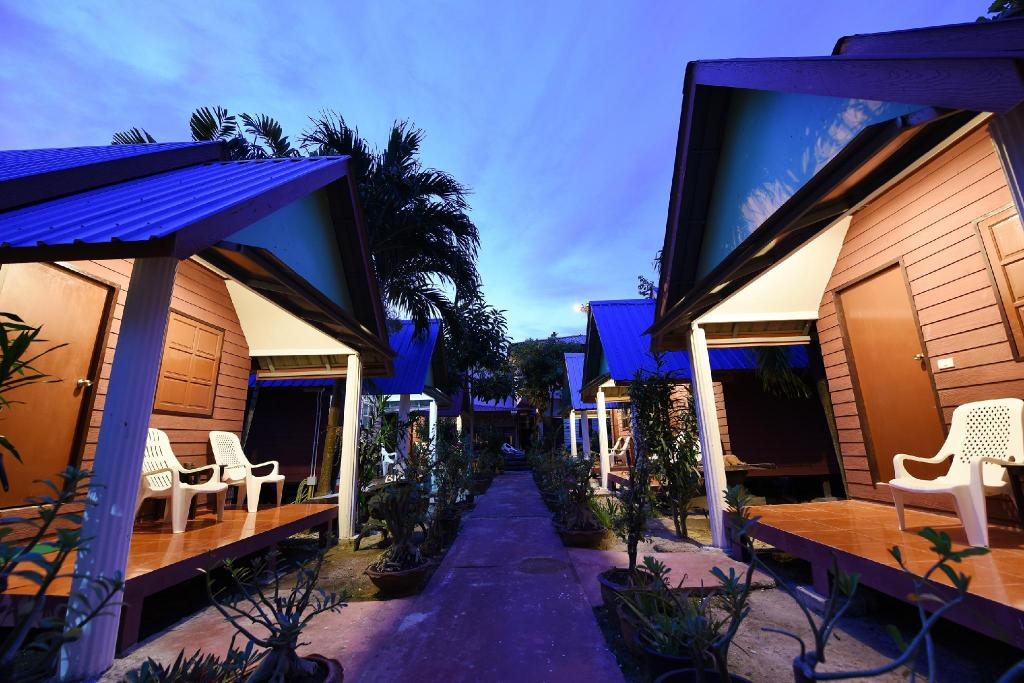 More about Phi Phi Twin Palms Bungalow