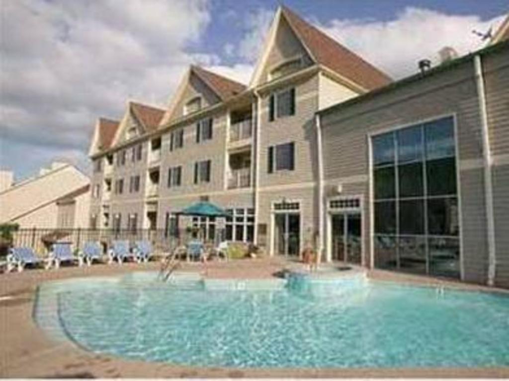 bentley us hancock hotel brook wyndham booking com condo ma