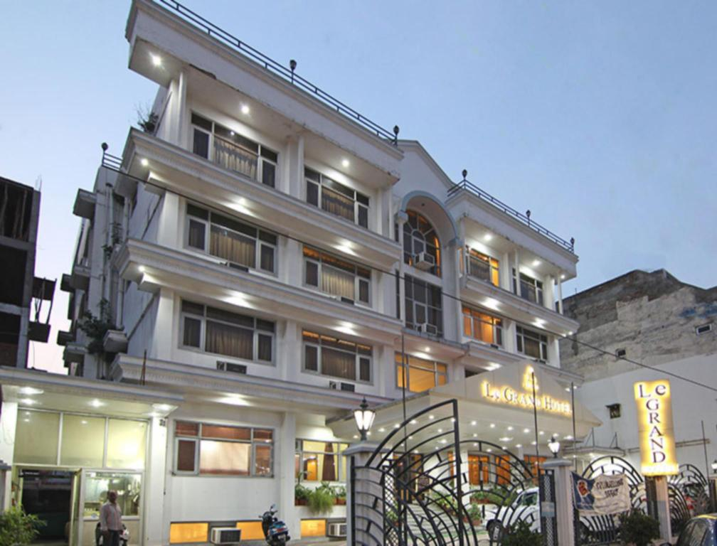 Le Grand Hotel In Haridwar Room Deals Photos Reviews