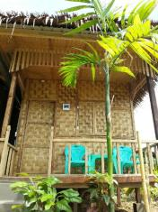 Ngwe Saung Garden Bed and Breakfast