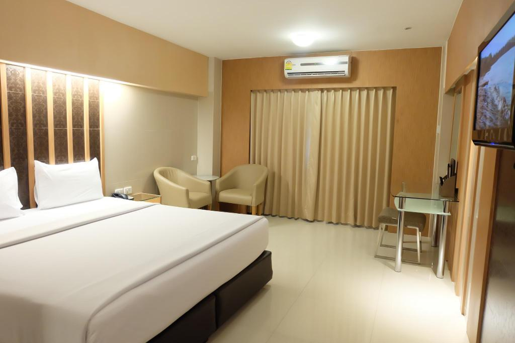 Superior A - Guestroom Golden City Rayong Hotel