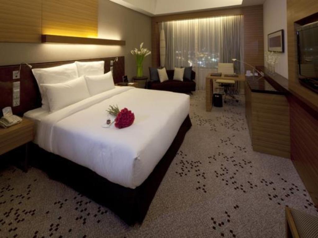 Radisson Blu Cebu In Philippines Room Deals Photos Reviews