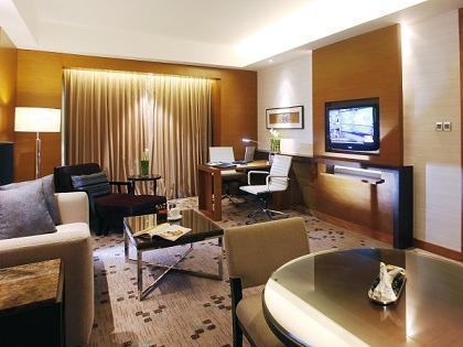 Suite Eksekutif Promosi Khas (Executive Suites Hot Offer)