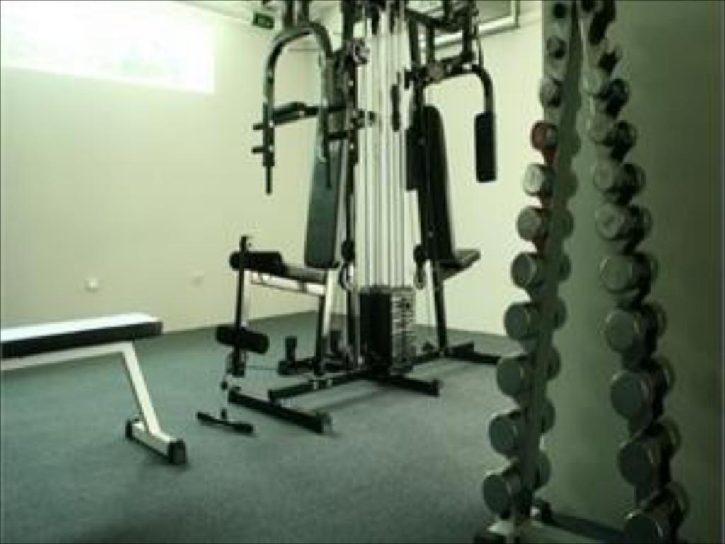 fitness center The Baycliff