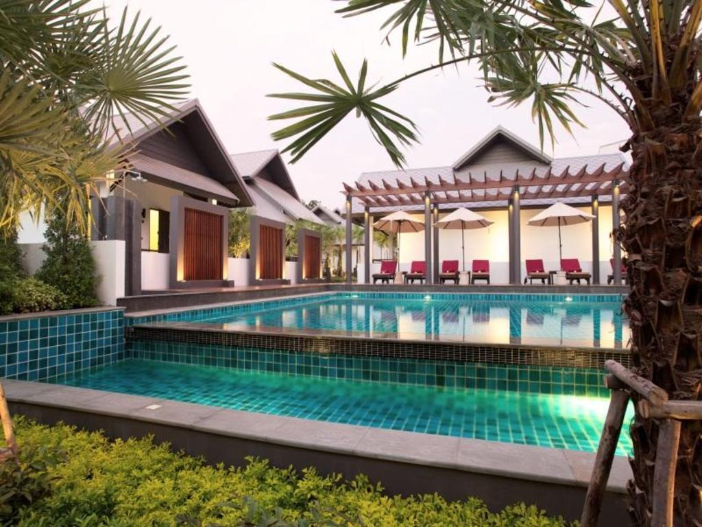 Long Beach Hotel Pattaya Agoda