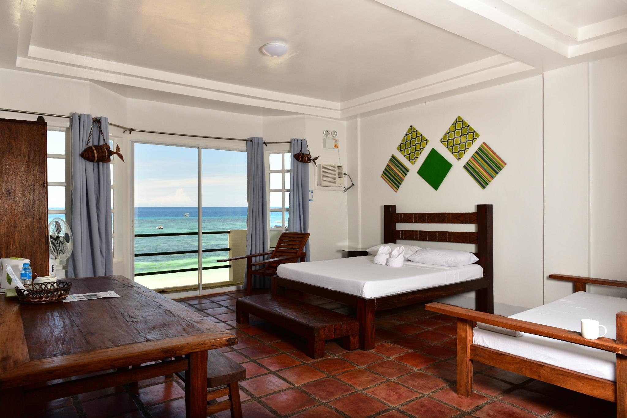 Beachfront 1 Bed Suite