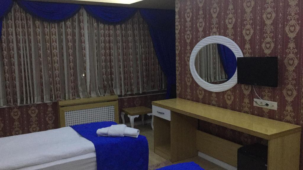 Single Economy Room Peracity Hotel