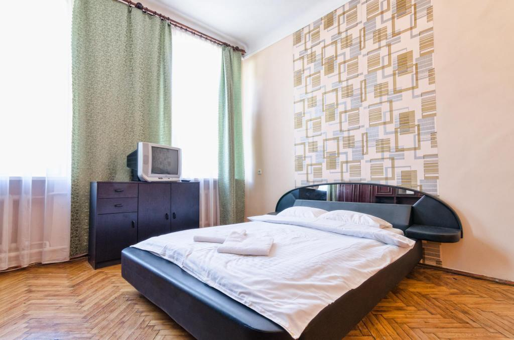 Three Bedrooms Apartment,   I. Franka  ,14