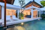 NEW!!!  Villa Bronte Berawa 100m from the Beach!!