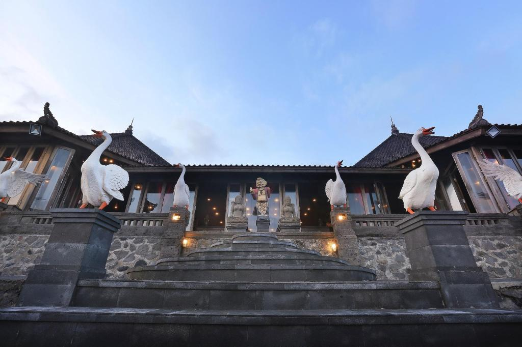 Desa Pramana Swan In Bali Room Deals Photos Reviews