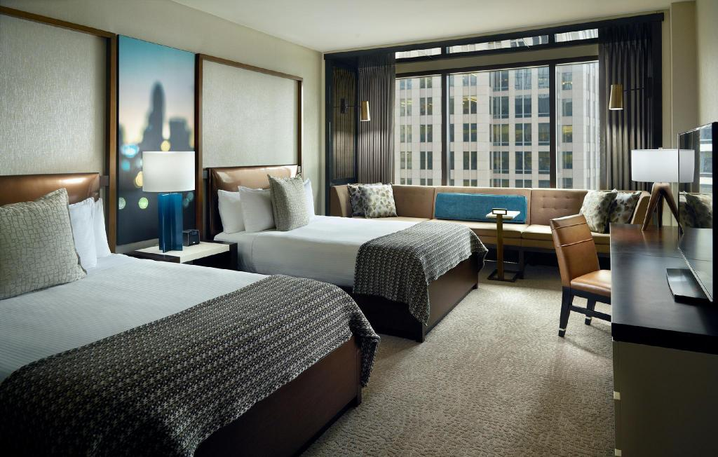 Omni Charlotte Hotel Nc, Charlotte Queen Bed