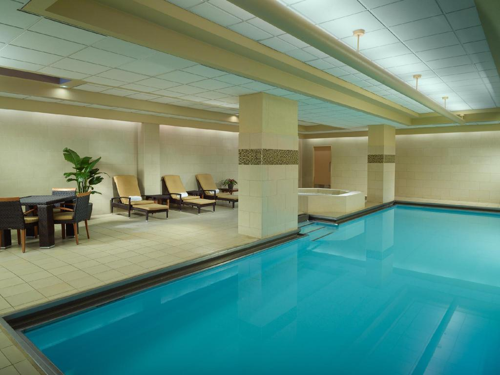 Omni Chicago Hotel in Chicago (IL) - Room Deals, Photos