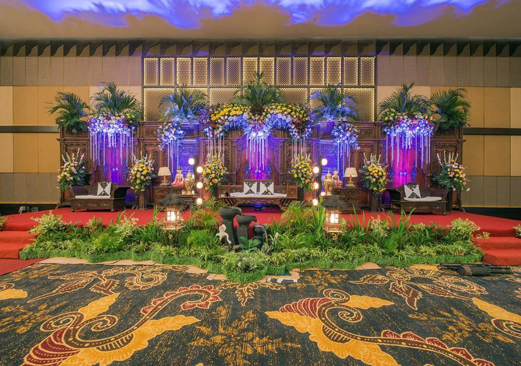 Ballroom El Royale Hotel and Resort Banyuwangi