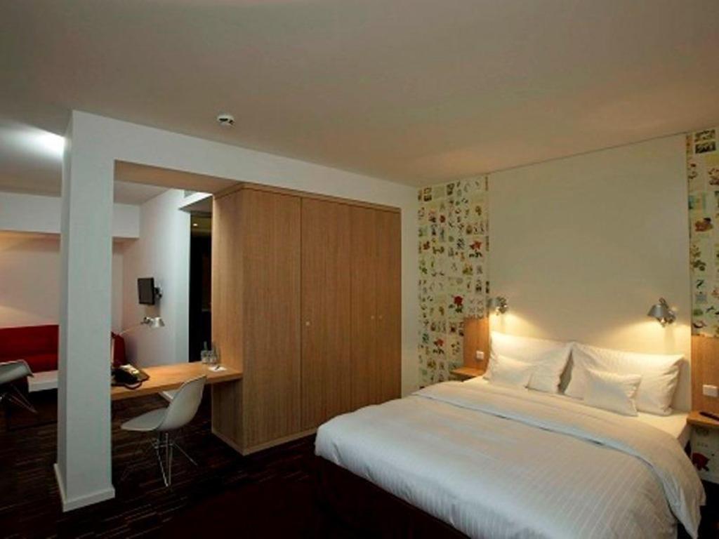 GRIMM's Hotel Mitte in Berlin - Room Deals, Photos & Reviews