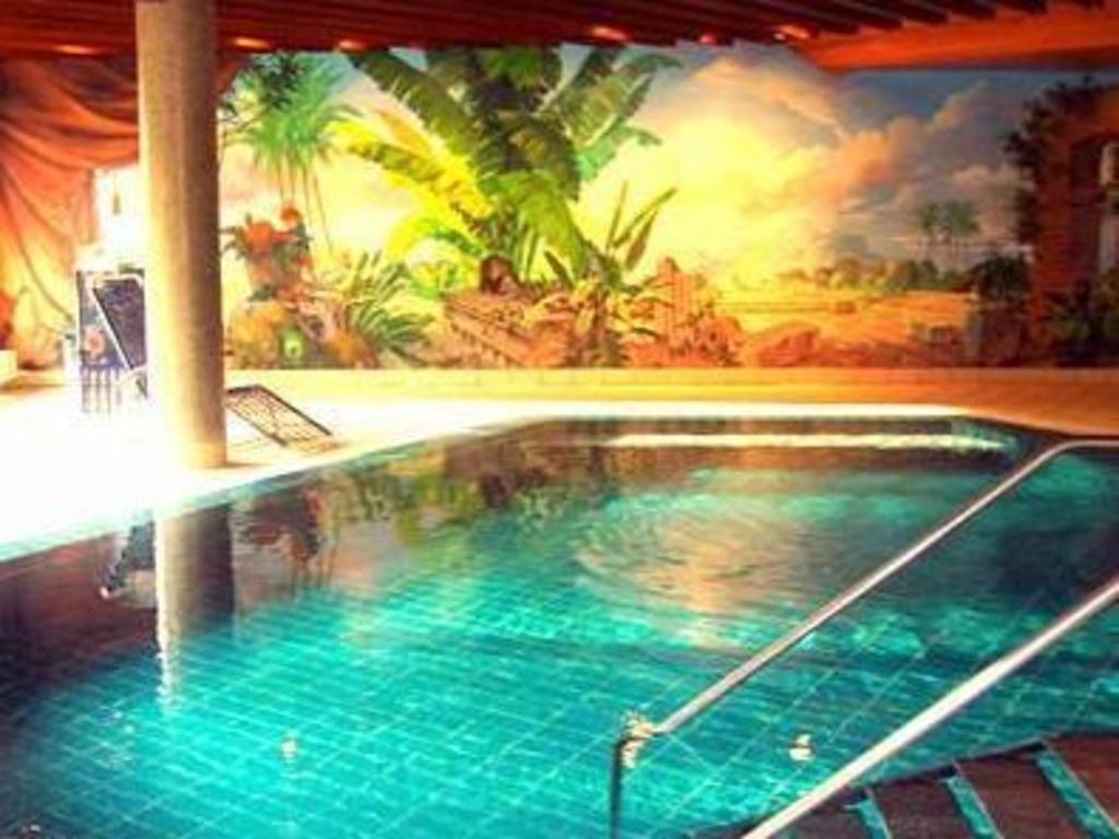 Hotel Quellenhof Garni Mit Thermalbad In Bad Urach Room
