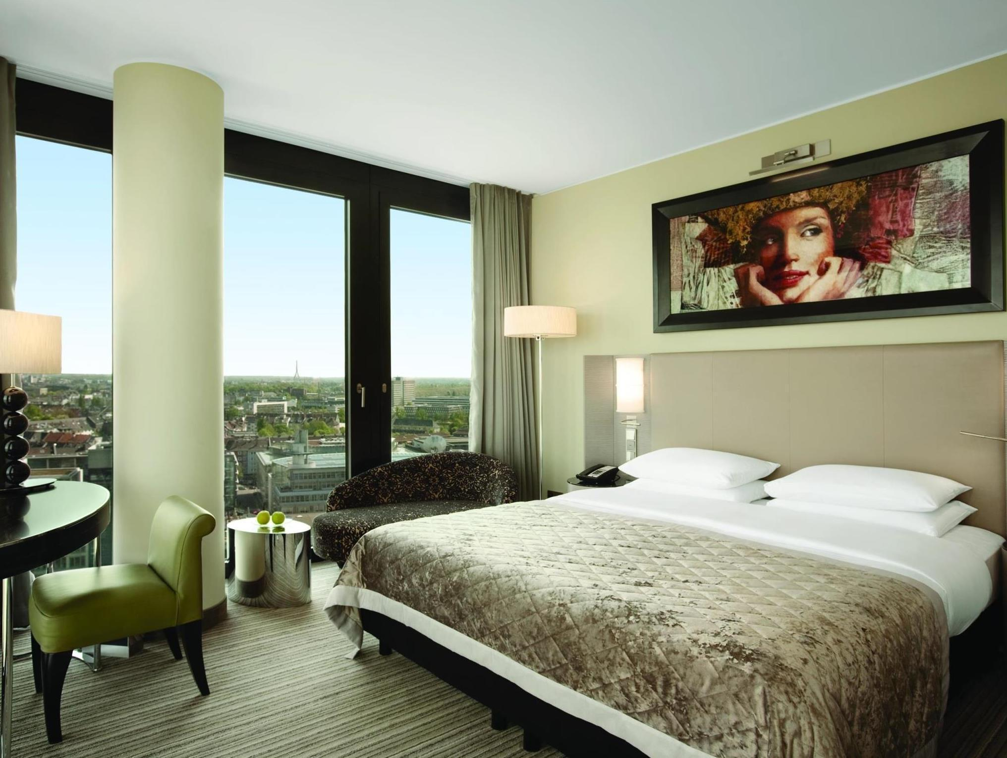 King Deluxe View Room