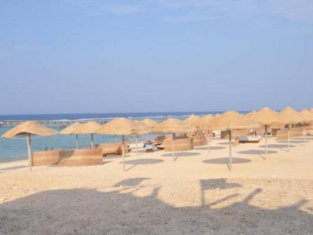 Beach Onatti Beach Resort