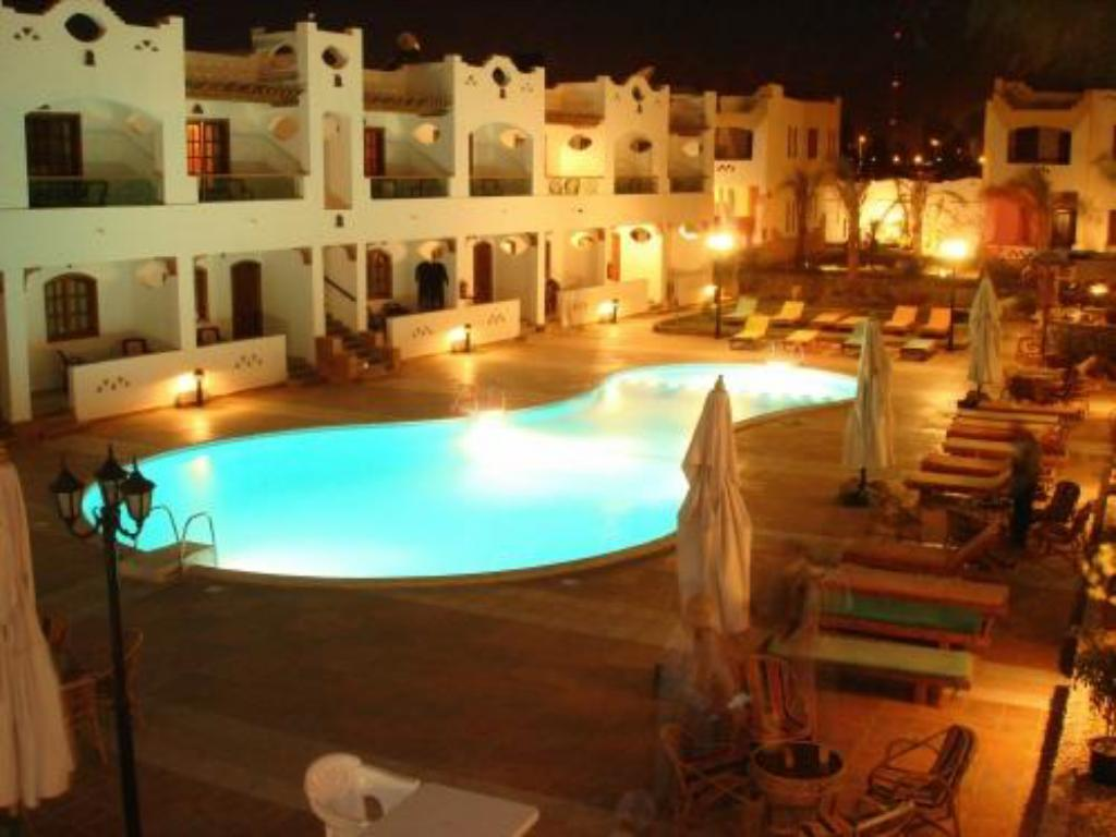 Swimming pool Oricana Dahab