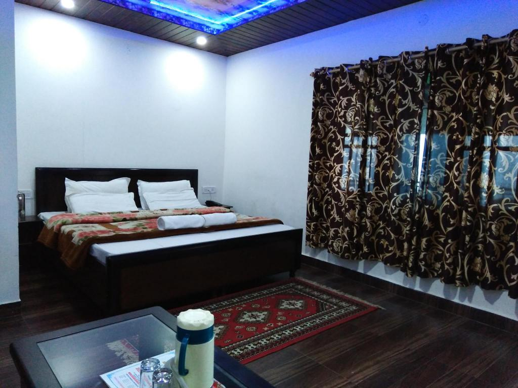 See all 18 photos Hotel HimDhara