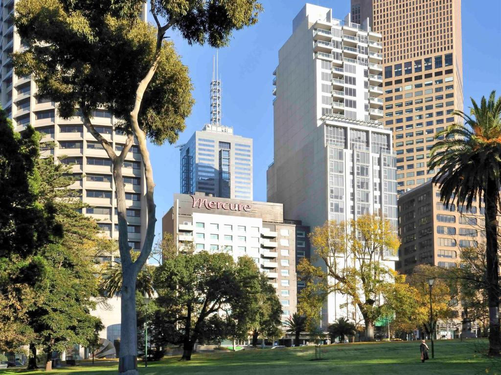 More about Mercure Melbourne Treasury Gardens Hotel