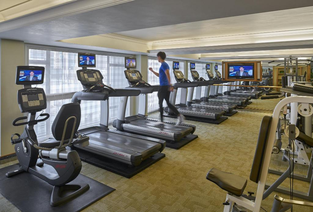 Best price on holiday inn golden mile in hong kong reviews