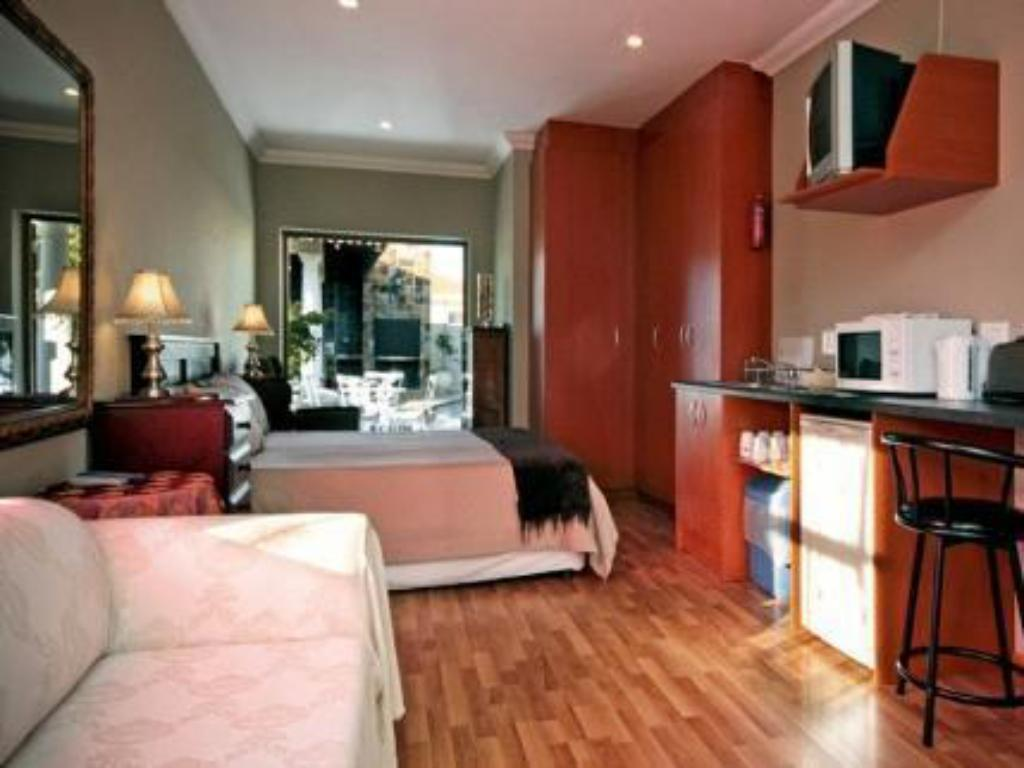 Bachelor Apartment A Smart Stay Self catering Apartments
