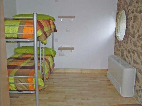 Dormitorio (4 adultos) (Dormitory Room (4 Adults))