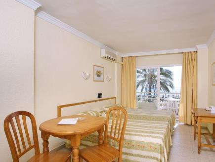 Studio with Frontal Sea View (2 adults)