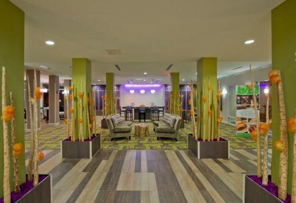 Holiday Inn Hotel & Suites Savannah Airport-Pooler