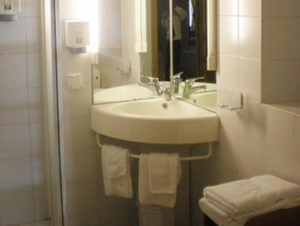 Romantik Hotel Letoile In Charmey Room Deals Photos
