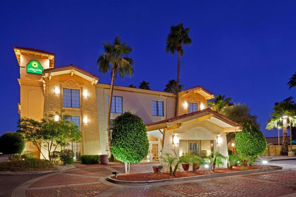 More about La Quinta Inn by Wyndham Phoenix Sky Harbor Airport