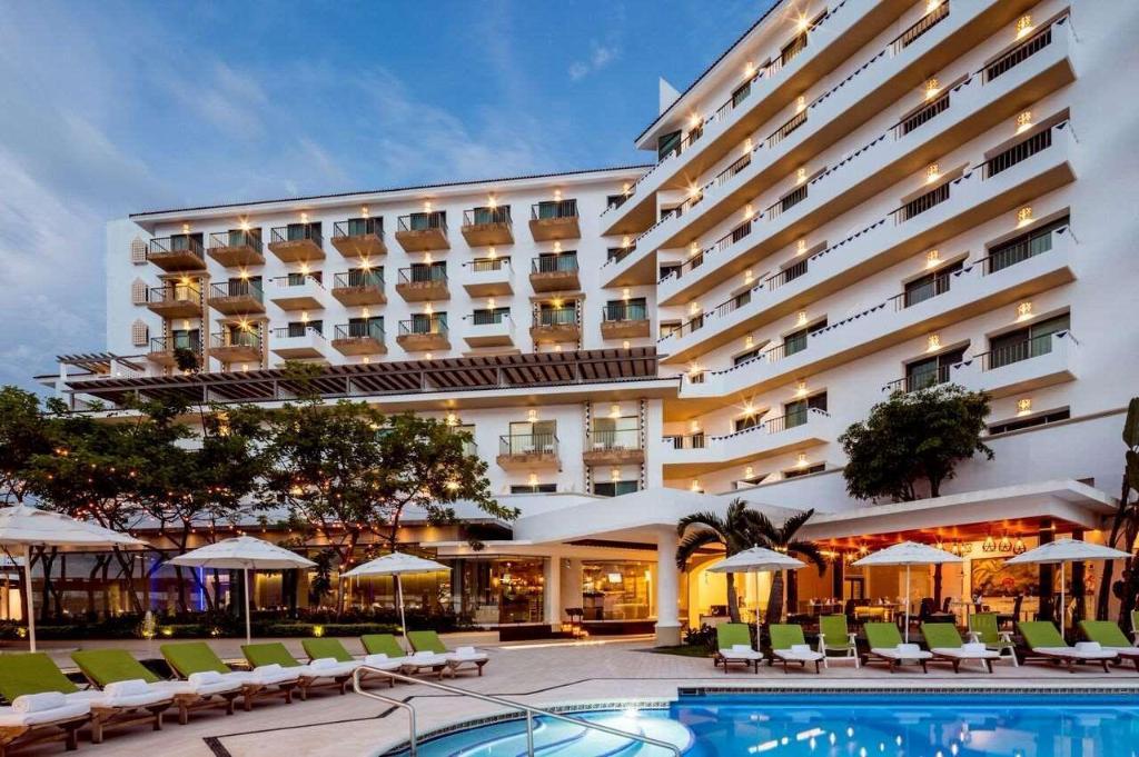 Villa Premiere Boutique Hotel & Romantic Getaway, Puerto Vallarta ...