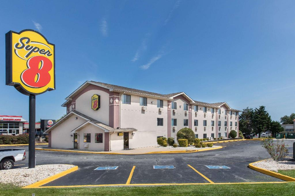 More about Super 8 By Wyndham Aberdeen Md