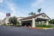 Howard Johnson Hotel&Conf Cntr by Wyndham Fullerton/Anaheim
