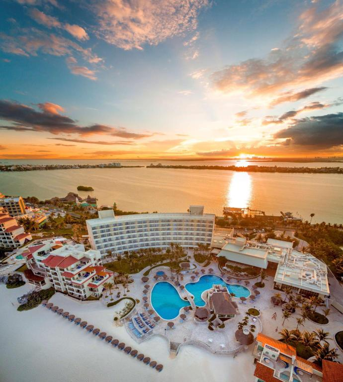 Park Royal Cancun >> Grand Park Royal Cancun Caribe All Inclusive In Mexico