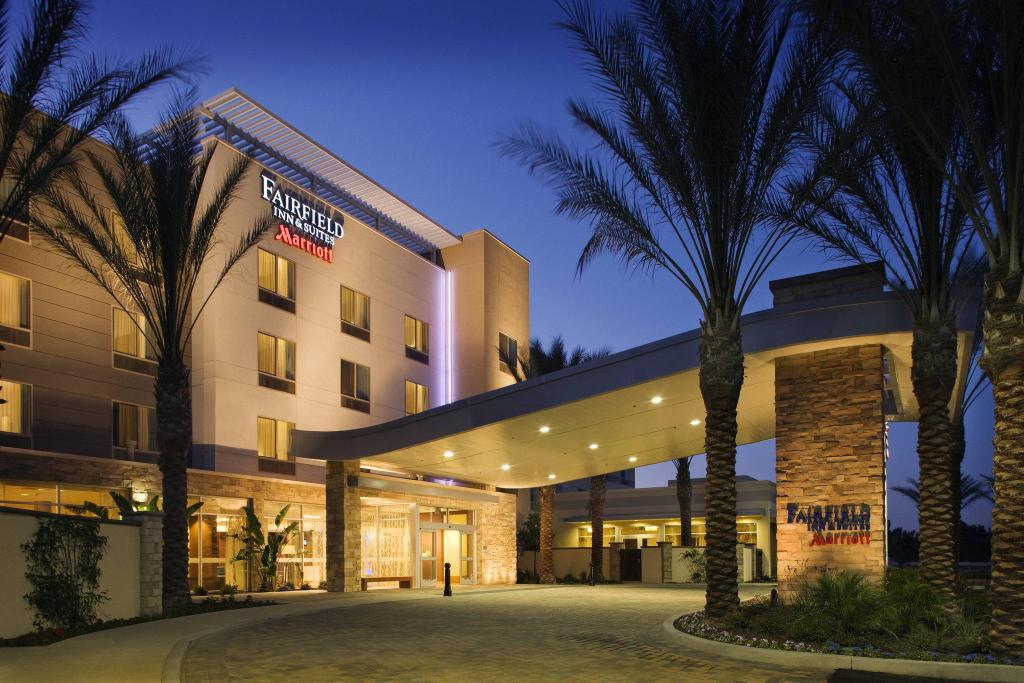 Exterior view Fairfield Inn & Suites Tustin Orange County