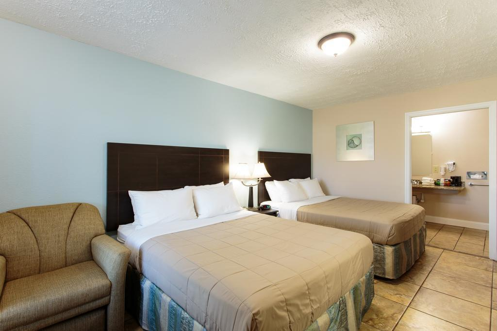 southern oaks inn saint augustine in st augustine fl. Black Bedroom Furniture Sets. Home Design Ideas