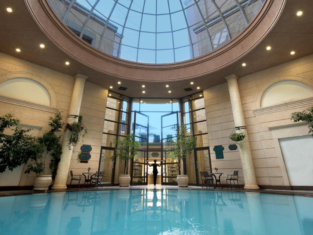 Best price on michelangelo hotel in johannesburg reviews for Public swimming pools in johannesburg