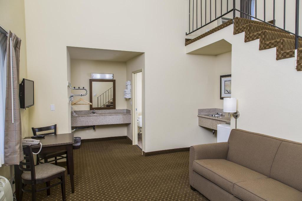 Interior view Key Inn and Suites