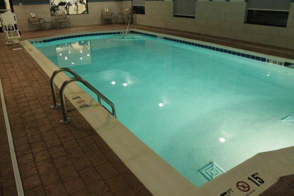 Holiday Inn Express Hotel Suites Glasgow In Ky