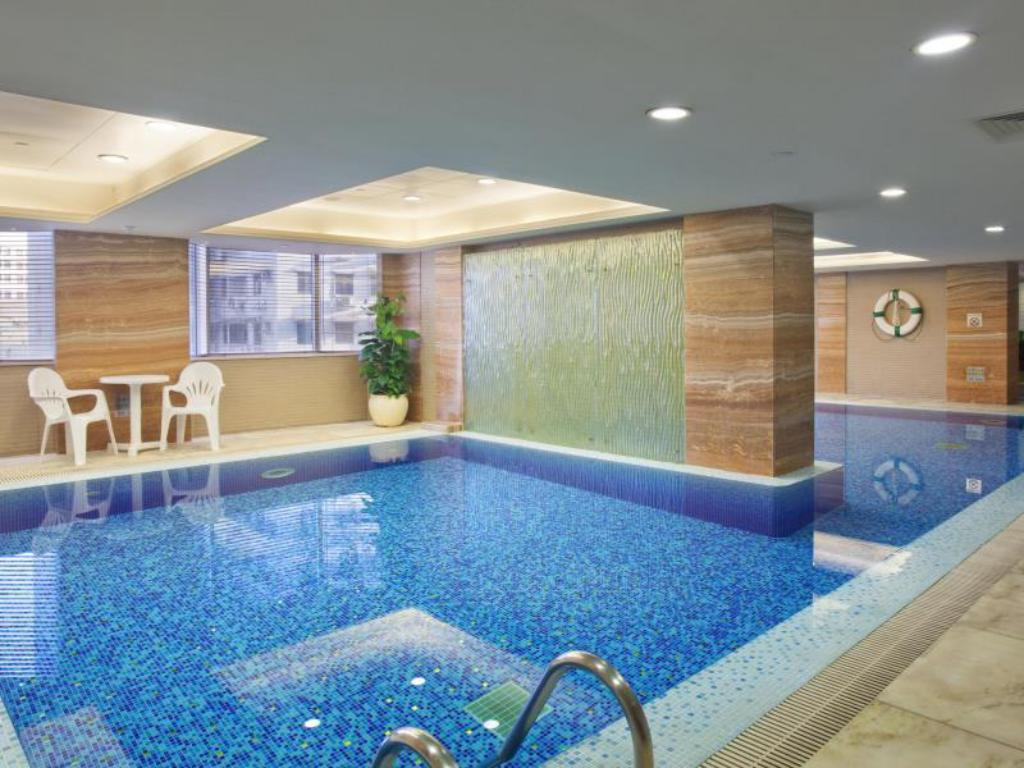 Piscina Holiday Inn Macau