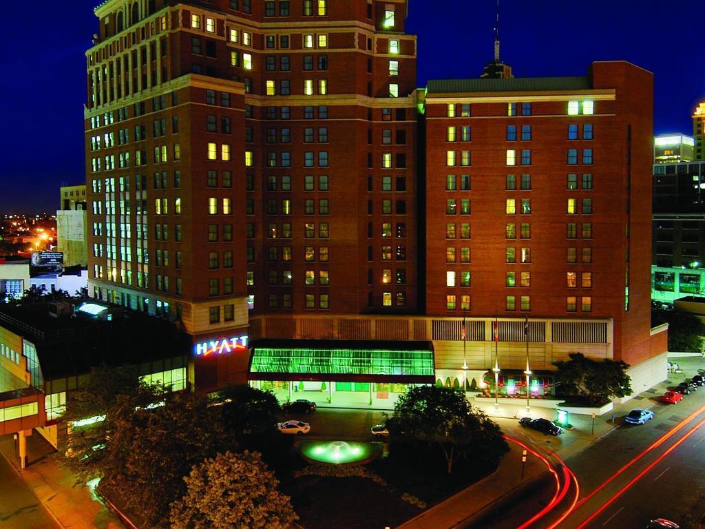 Hyatt Regency Buffalo Hotel and Conference Center in Buffalo (NY ...