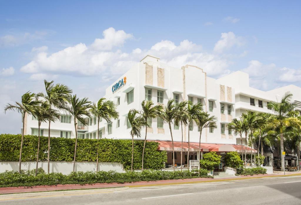 Circa 39 Hotel Miami Beach in Miami Beach (FL) - Room Deals, Photos & Reviews
