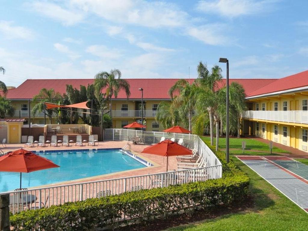La Quinta Inn Cocoa Beach Port Canaveral