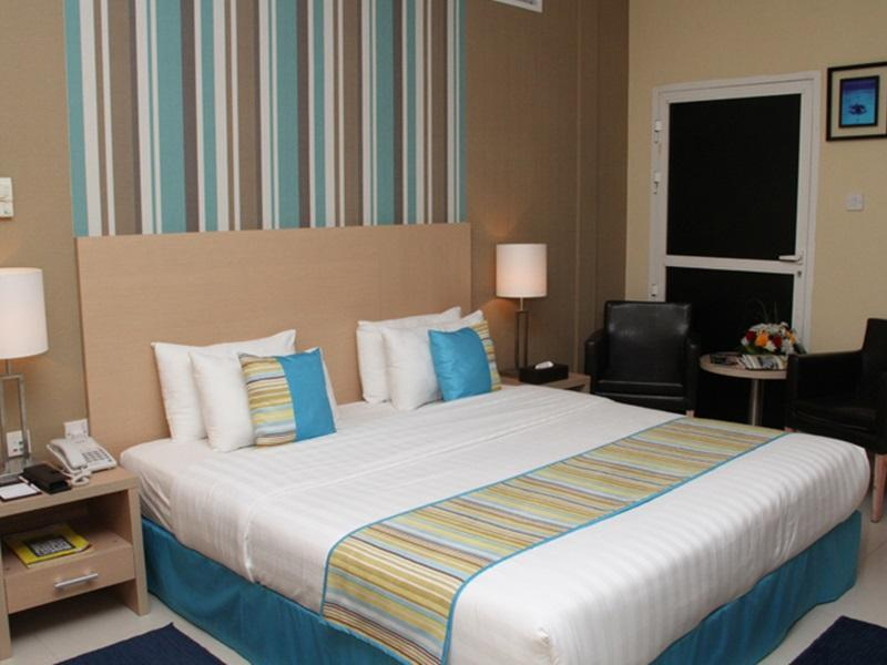 2 Bedroom Suite Share Bed