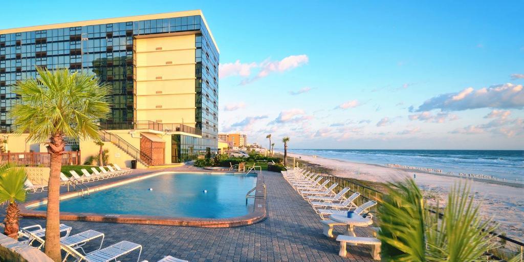 More About Daytona Beach Oceanside Inn